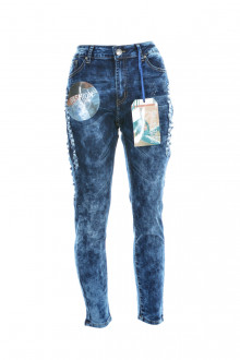 VIP JEANS front