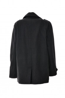 Kenneth Cole back